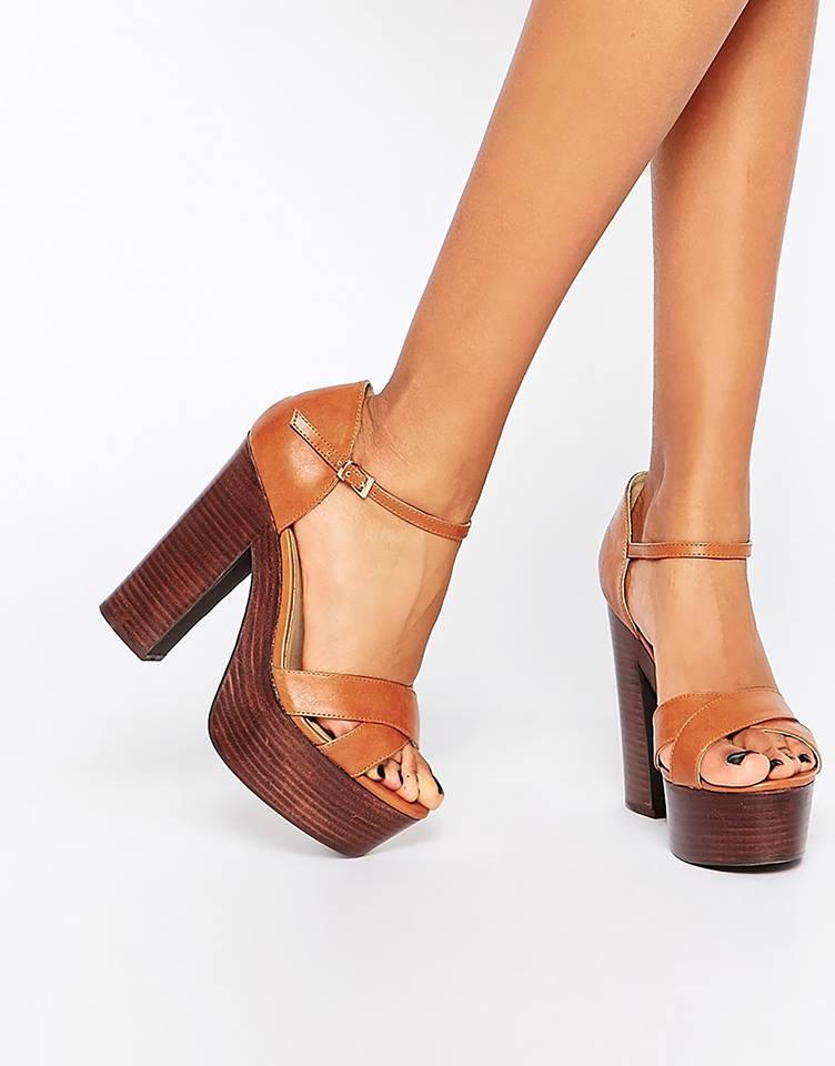 Sandales à plateformes ASOS 58,99 €
