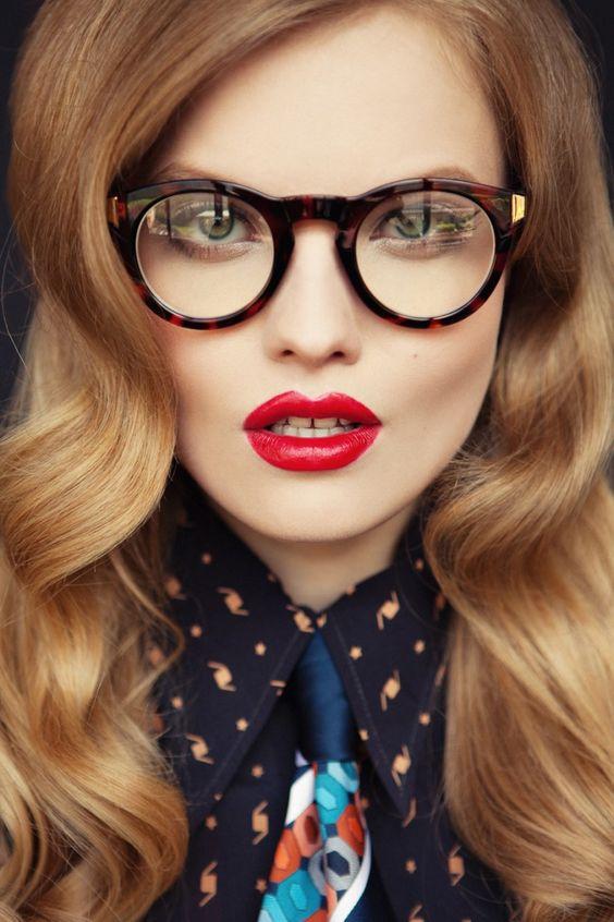 647d02a984 Comment maquiller les yeux quand on porte des lunettes? - Cristina ...