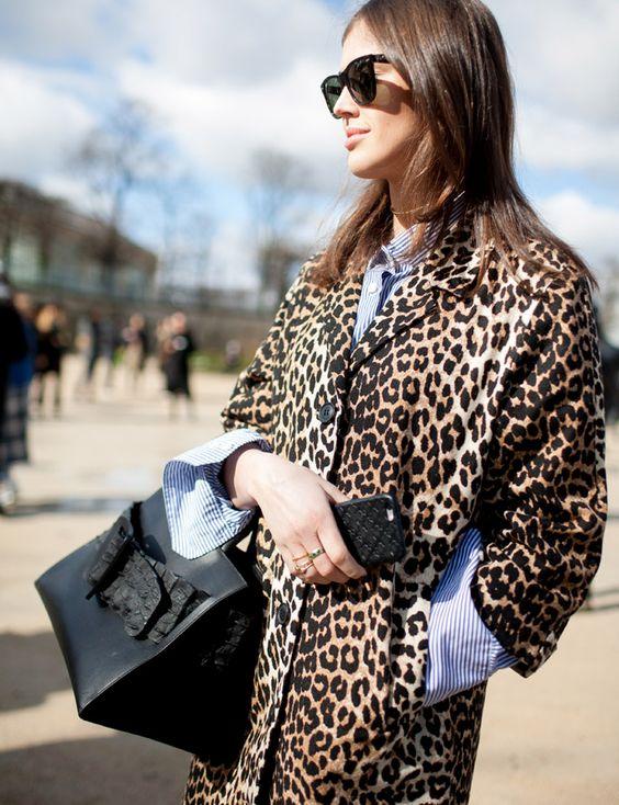 Comment porter le manteau léopard  - Cristina Cordula 0b251c9d227